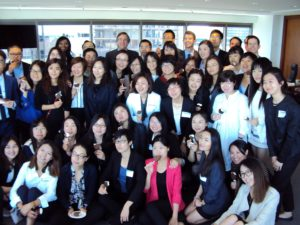 It's not all work! Here, Temple-Tsinghua law students and Hangley Aronchick attorneys enjoy some ice cream.